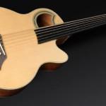 Steve Bailey prezentuje akustyczny bas Warwick Alien 6 String Fretless