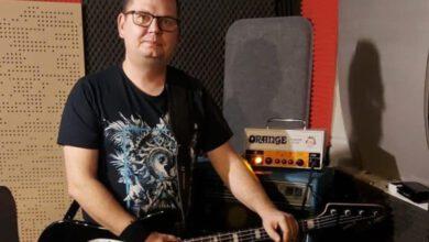 Jacek Pióro - basista